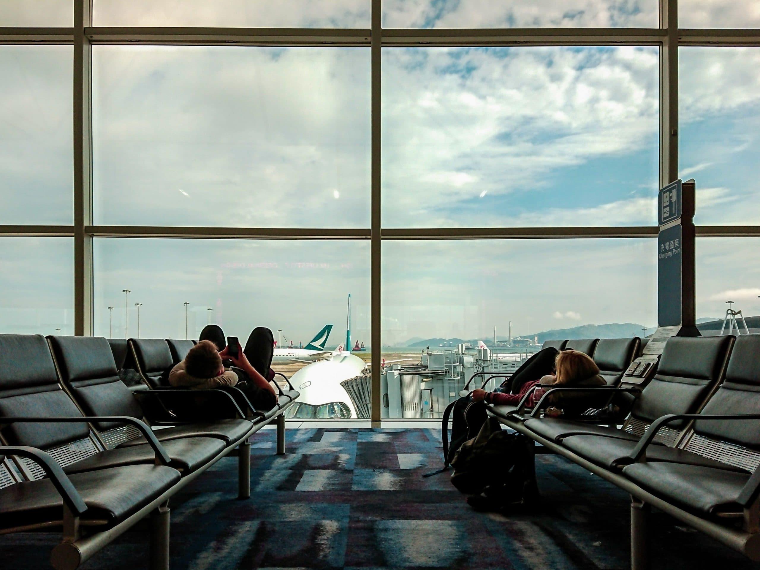 Airport Transfers Sunshine Coast to Brisbane - Airplane close up